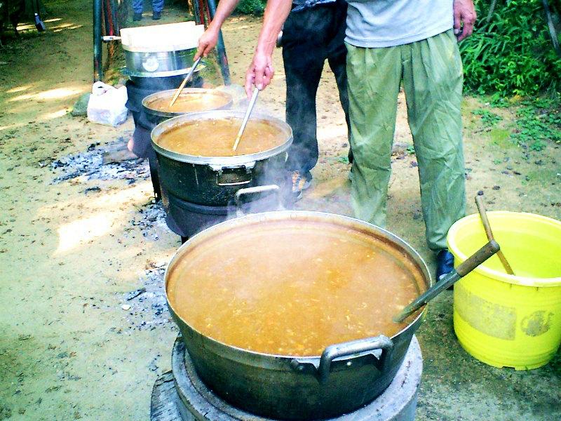 8月 ツキワ祭り ( カレー大会 )