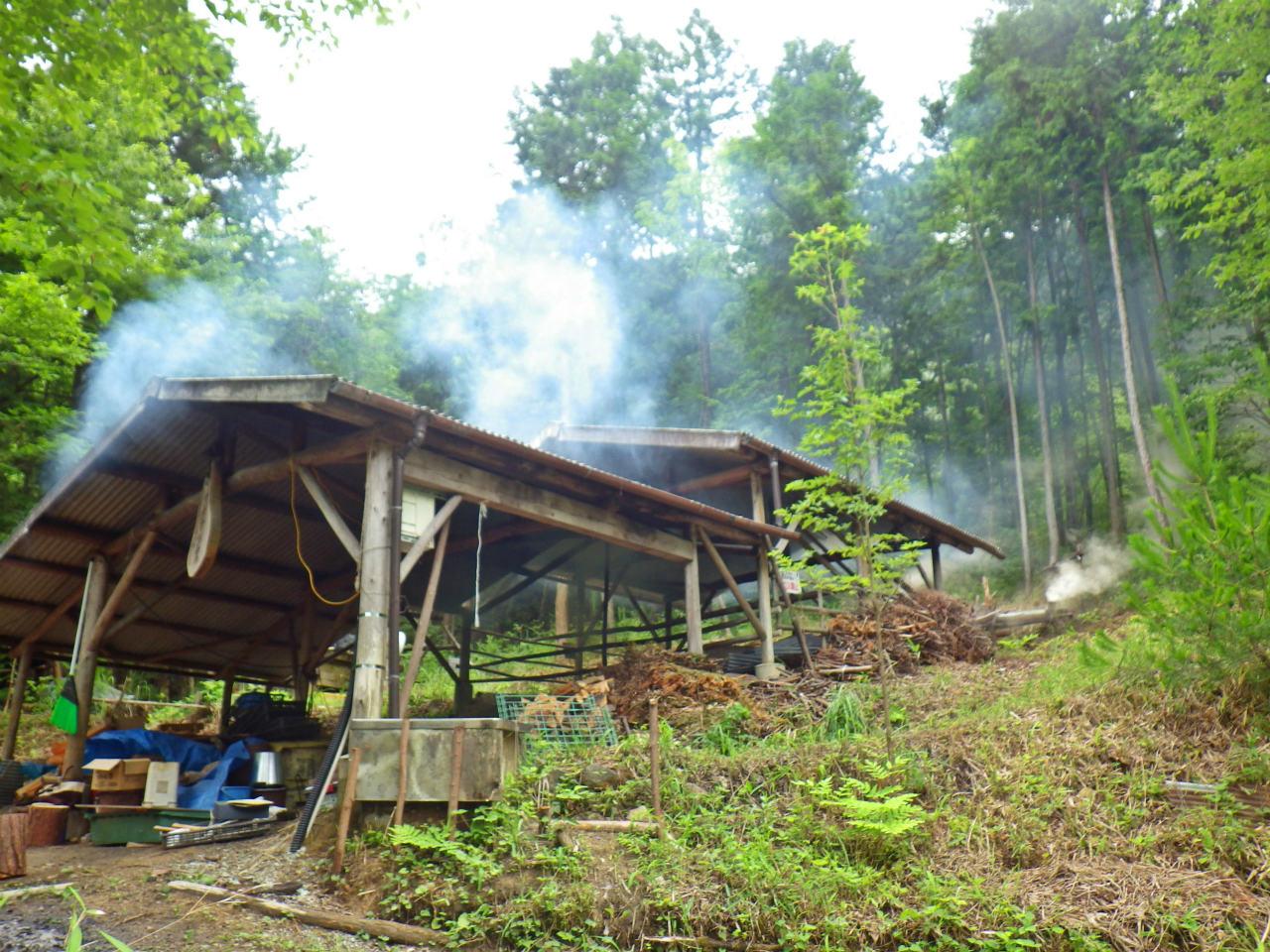 25b 煙を上げるナナマツ窯