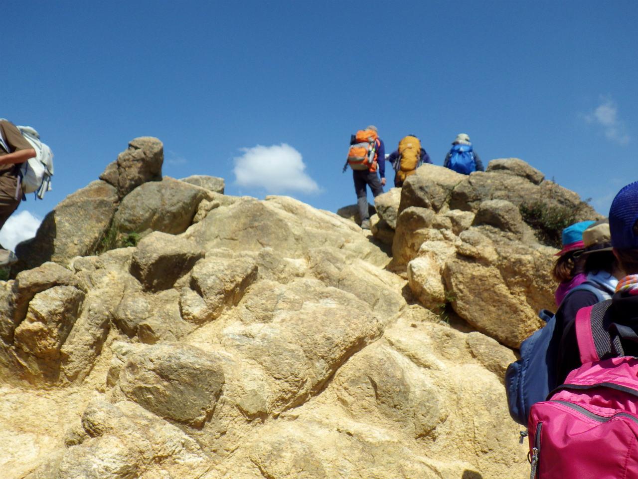 13b 風吹き岩