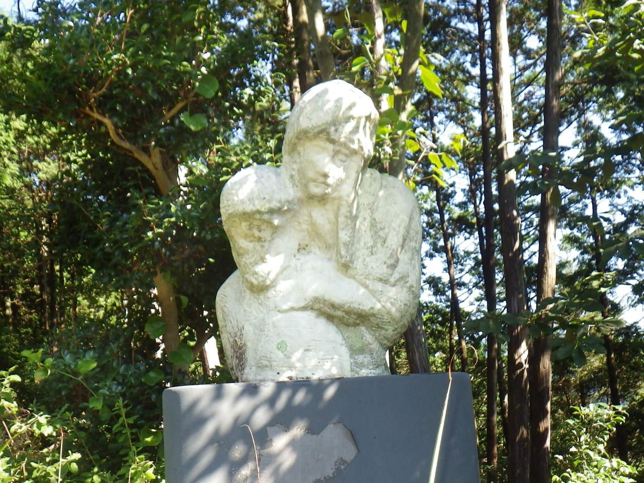 11a 文化のこみちの彫像