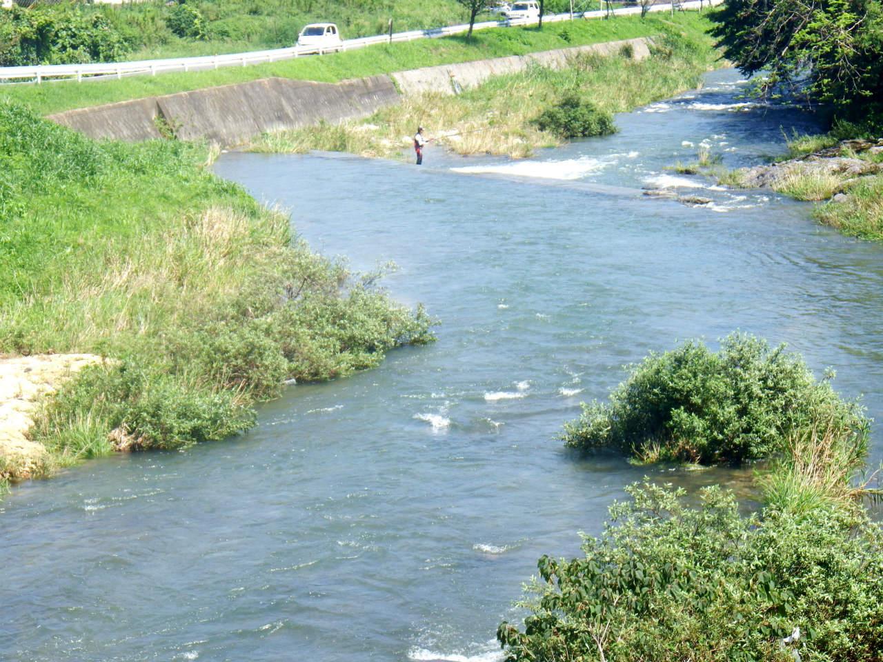 28b 伊沢川の生谷橋下流