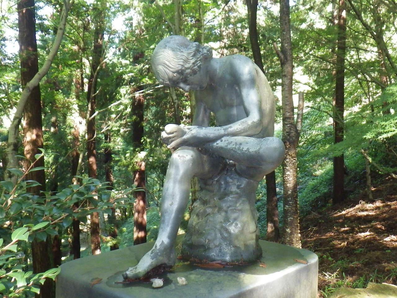 12a 文化のこみちの彫像