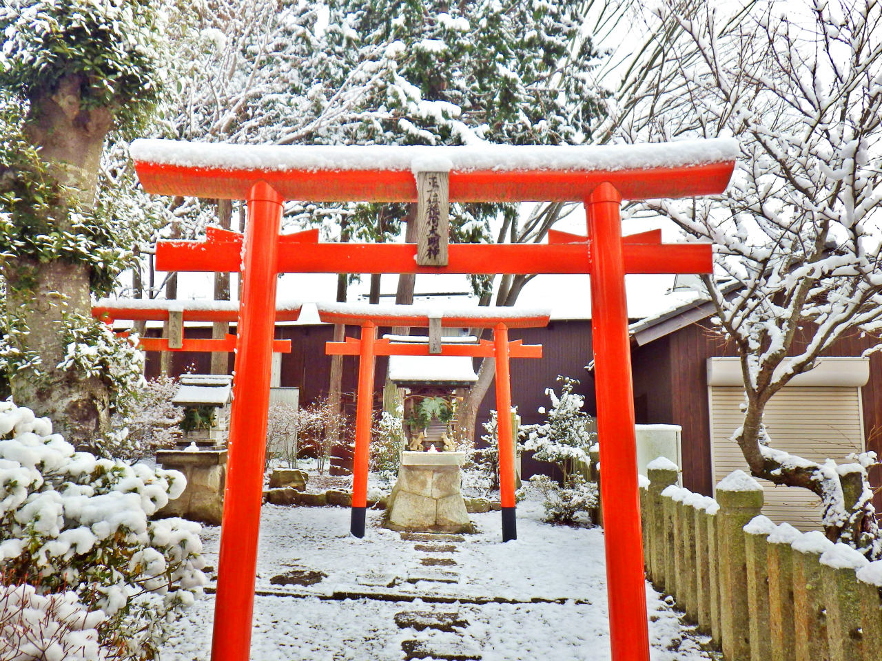 01b 熊野神社境内の鳥居