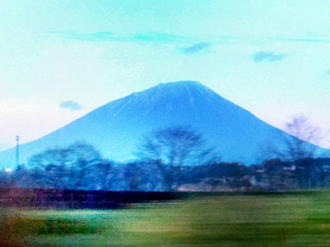 01 羊蹄山* - 北海道