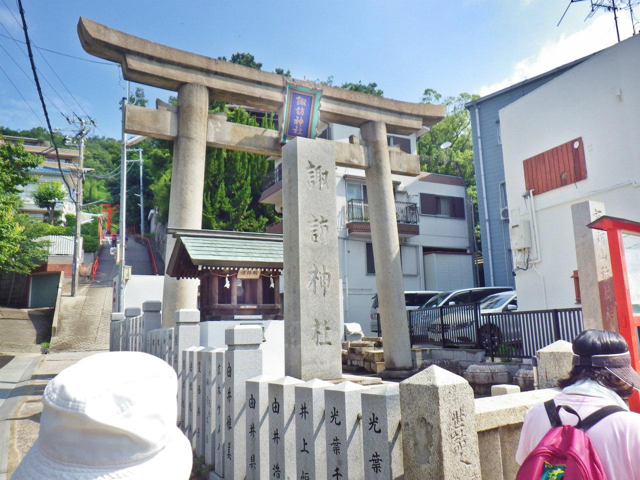 05a 諏訪神社前を通過
