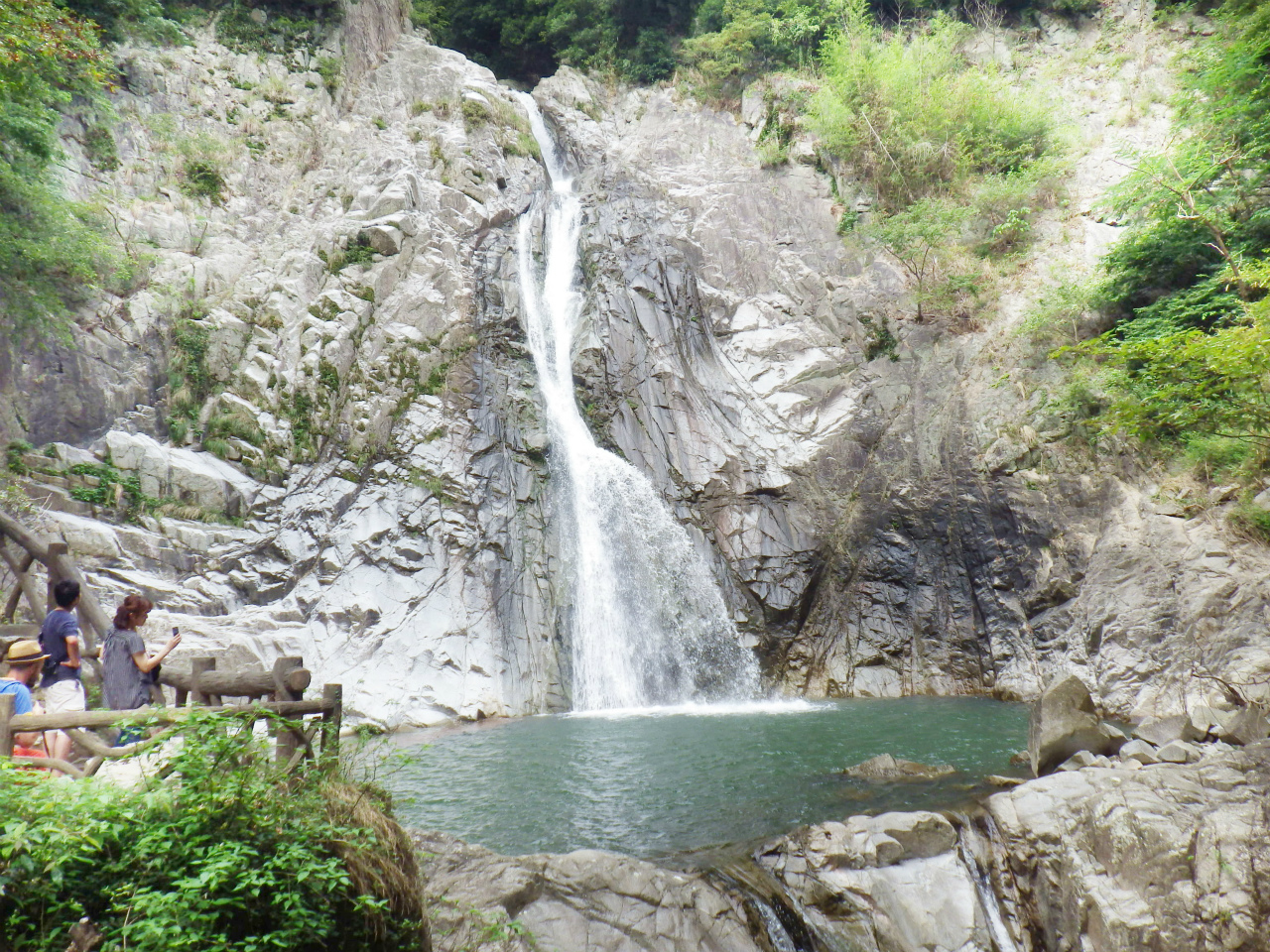 18a 布引の滝の雄滝