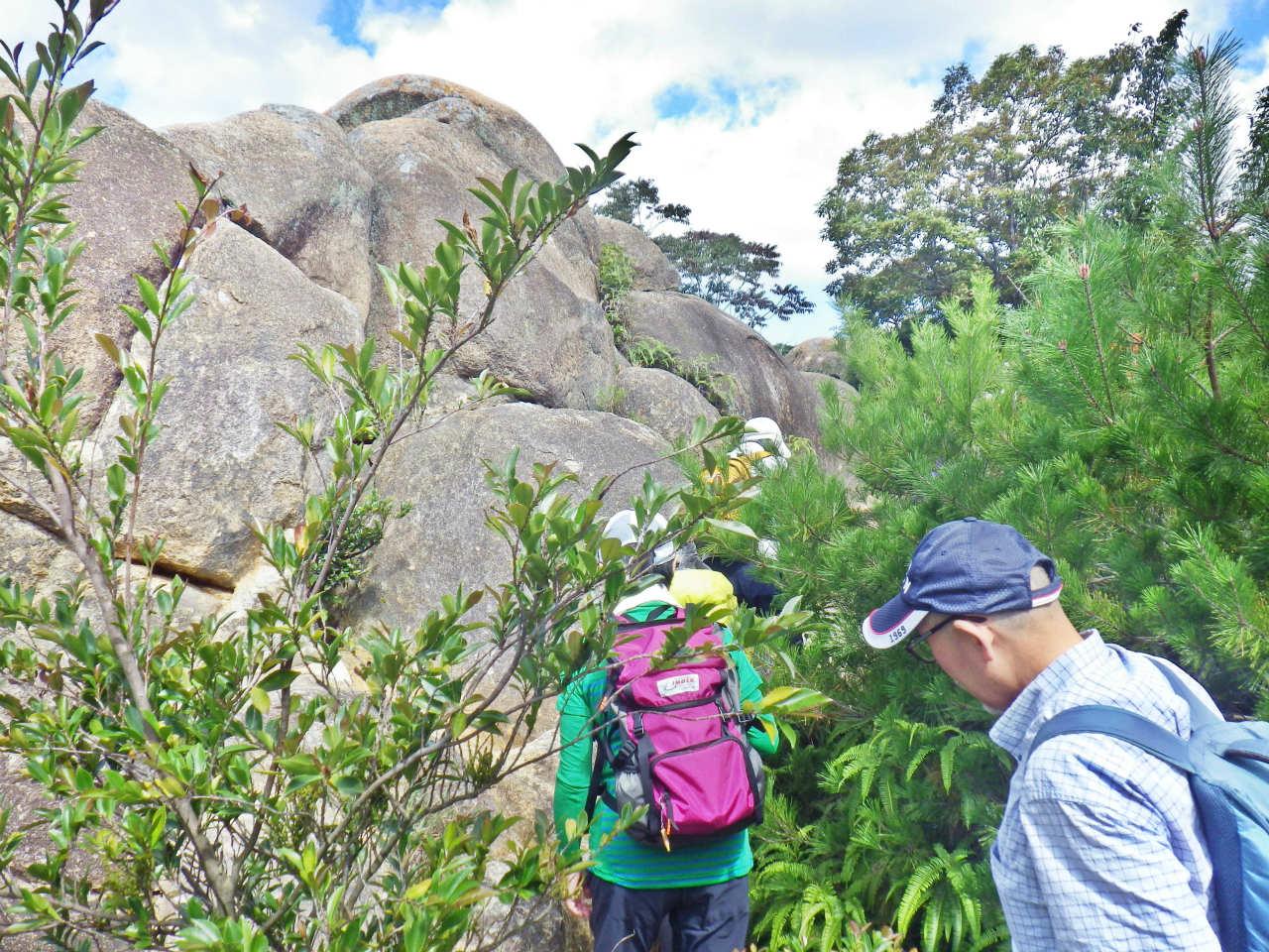 05b 北山公園の岩場を登る