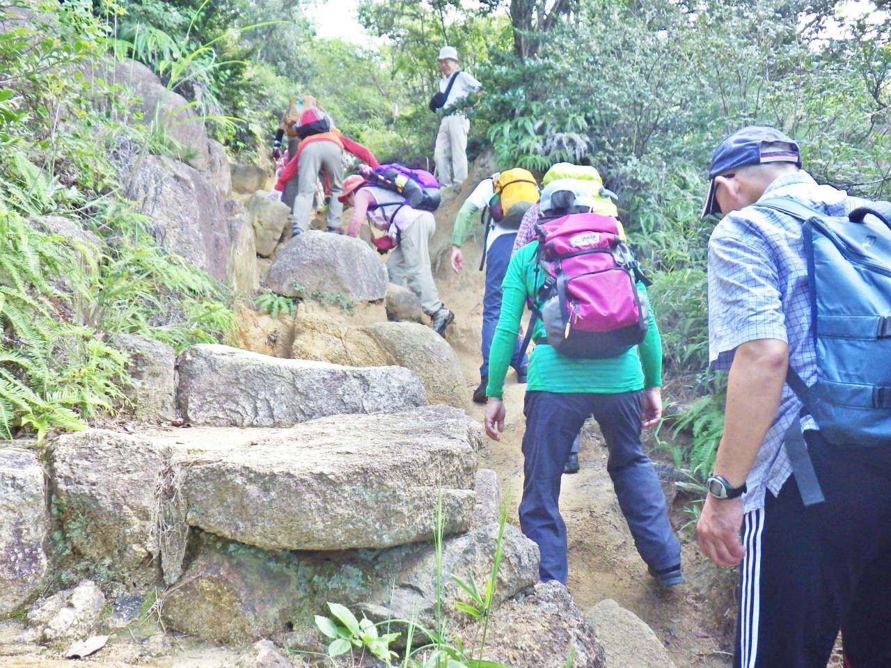 05a 北山公園の岩場を登る