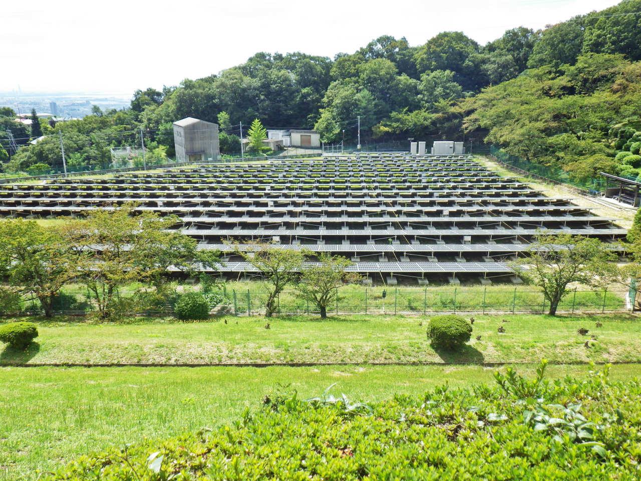 10b ソーラーパネル