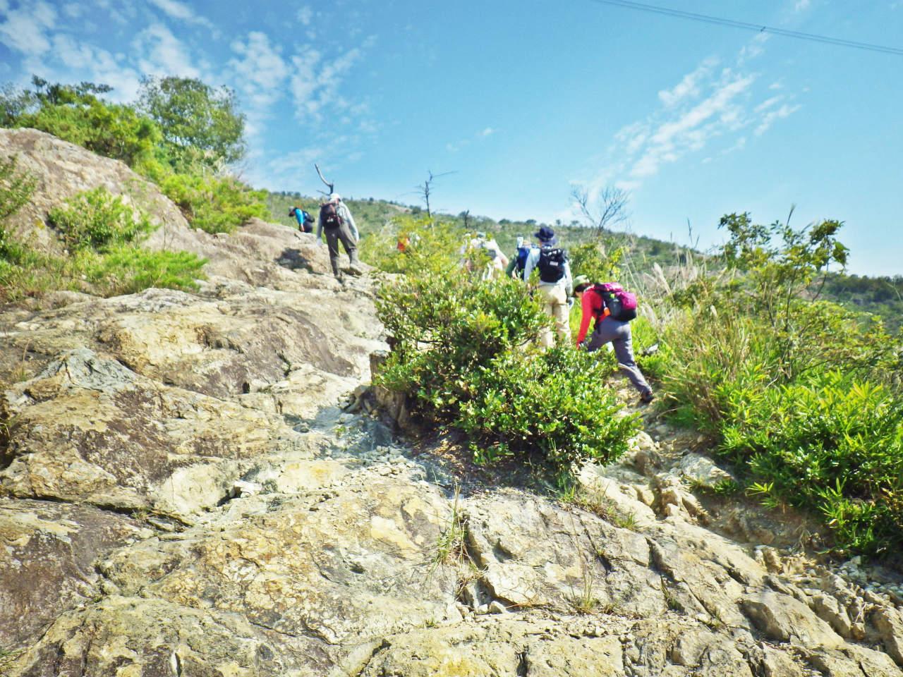 05b 岩場を登る