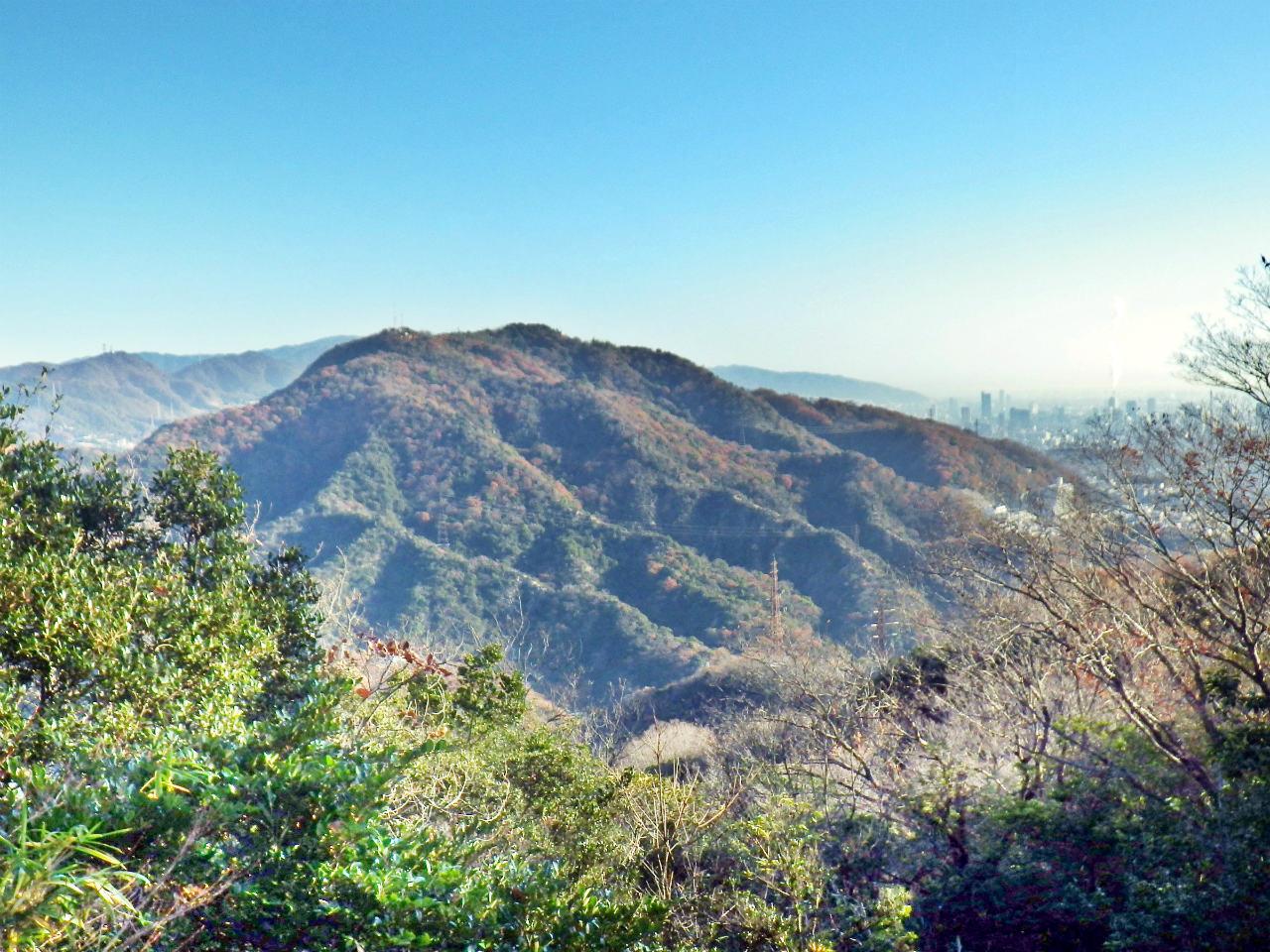06b 東山から高取山の眺め