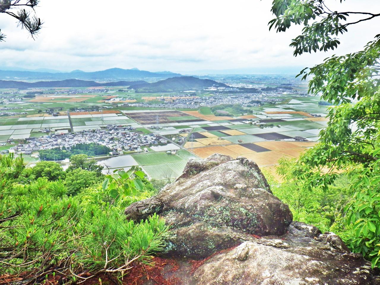 09b 巨岩の上からの眺め