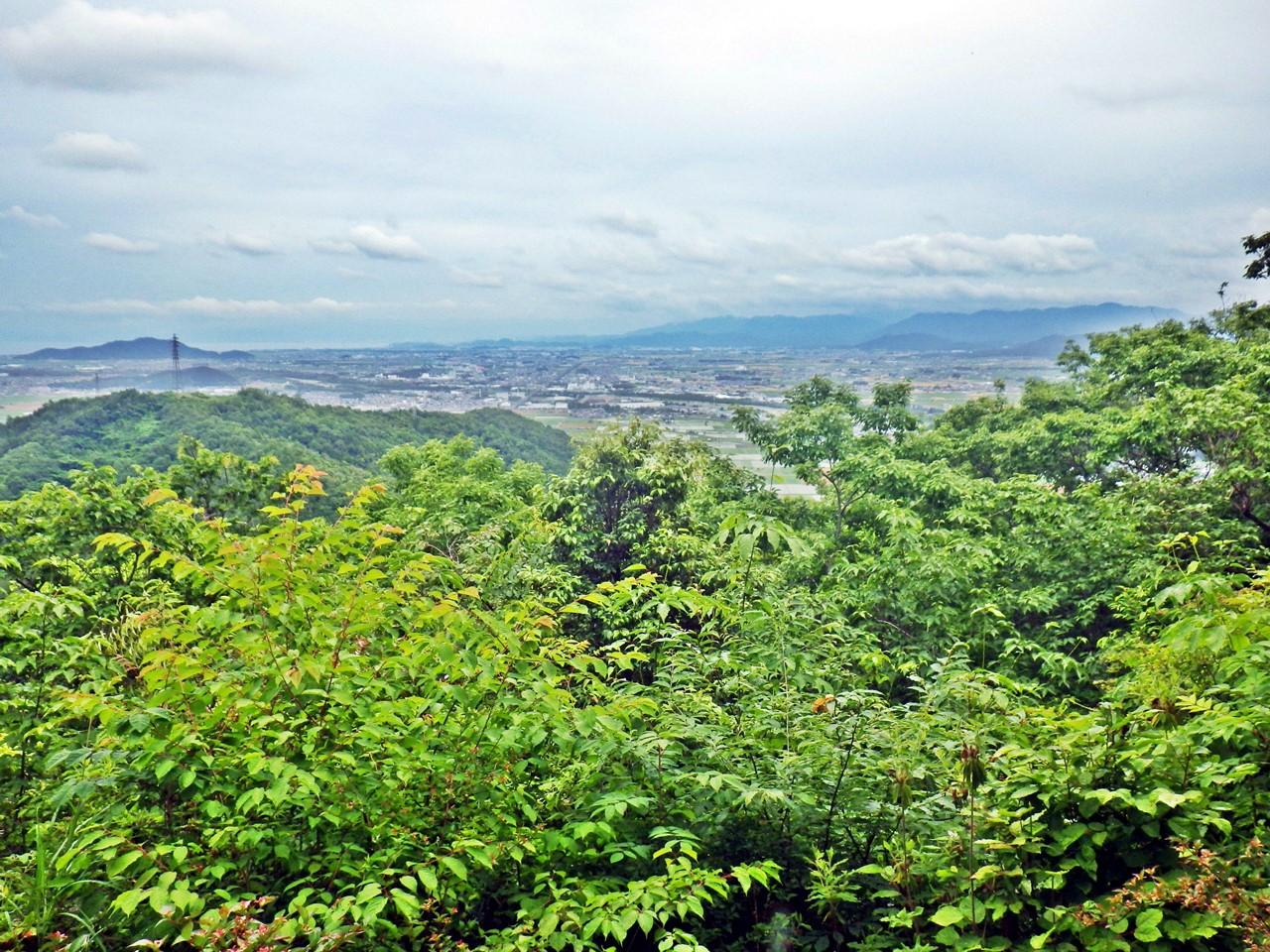 12b 箕作山山頂からの眺め