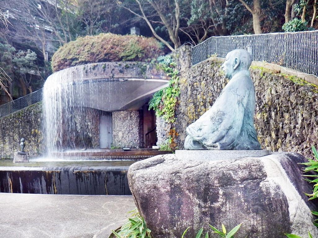 02b 湯けむり広場の太閤像