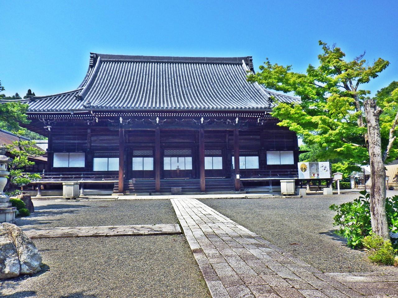 24a 西教寺の本堂
