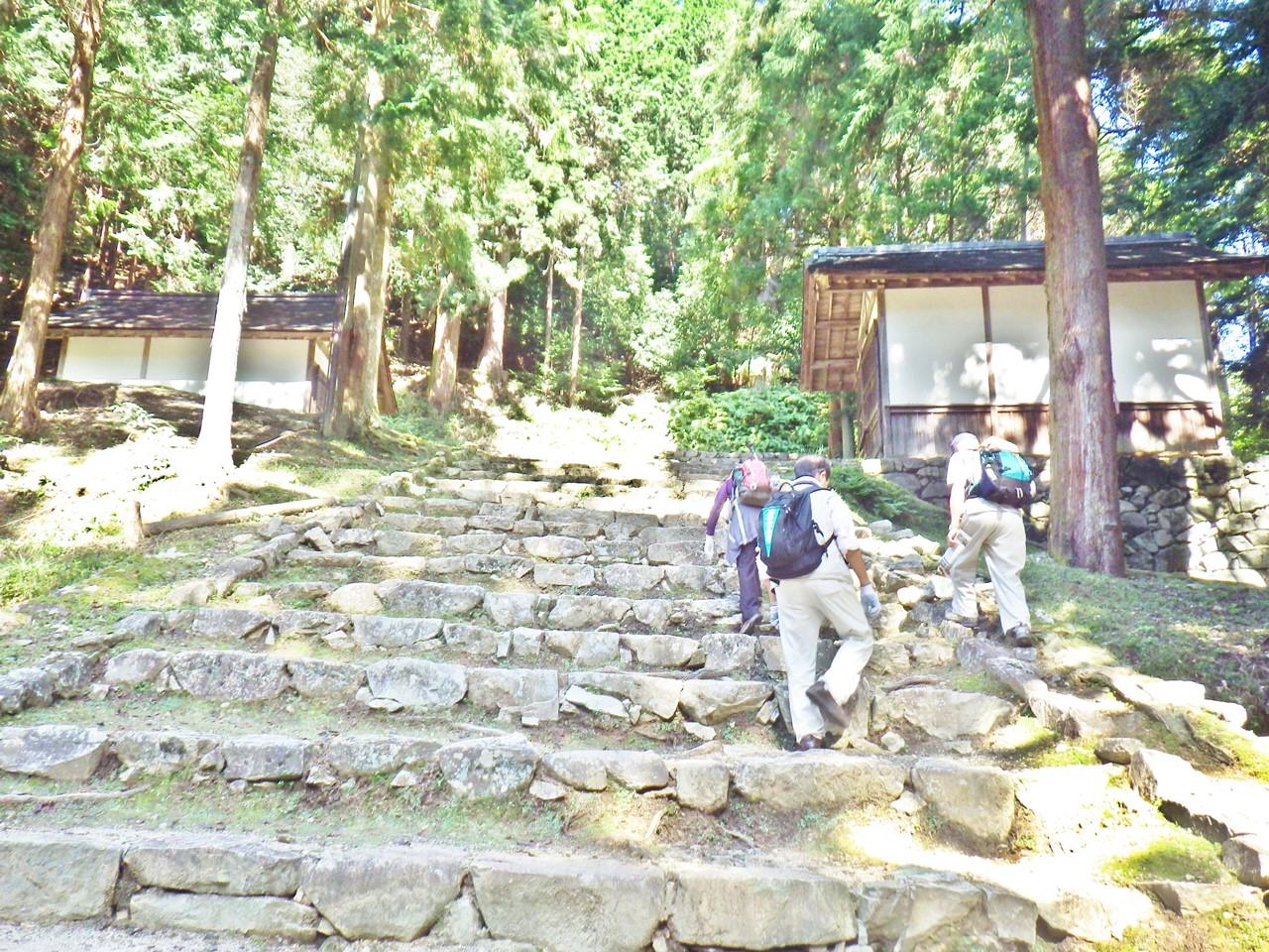 18a 八王子山の登山口