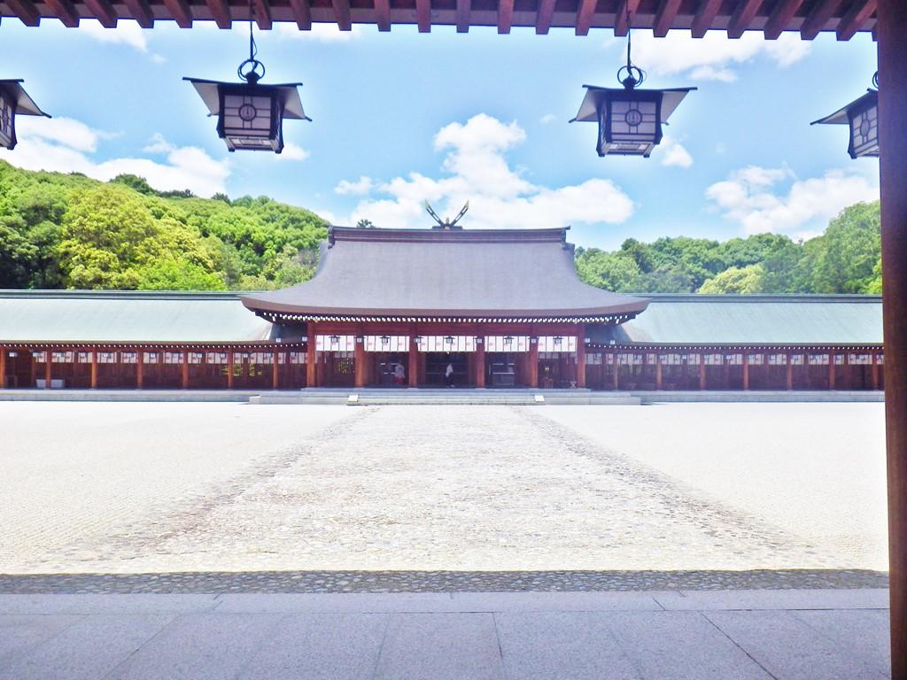 11b 橿原神宮の内拝殿