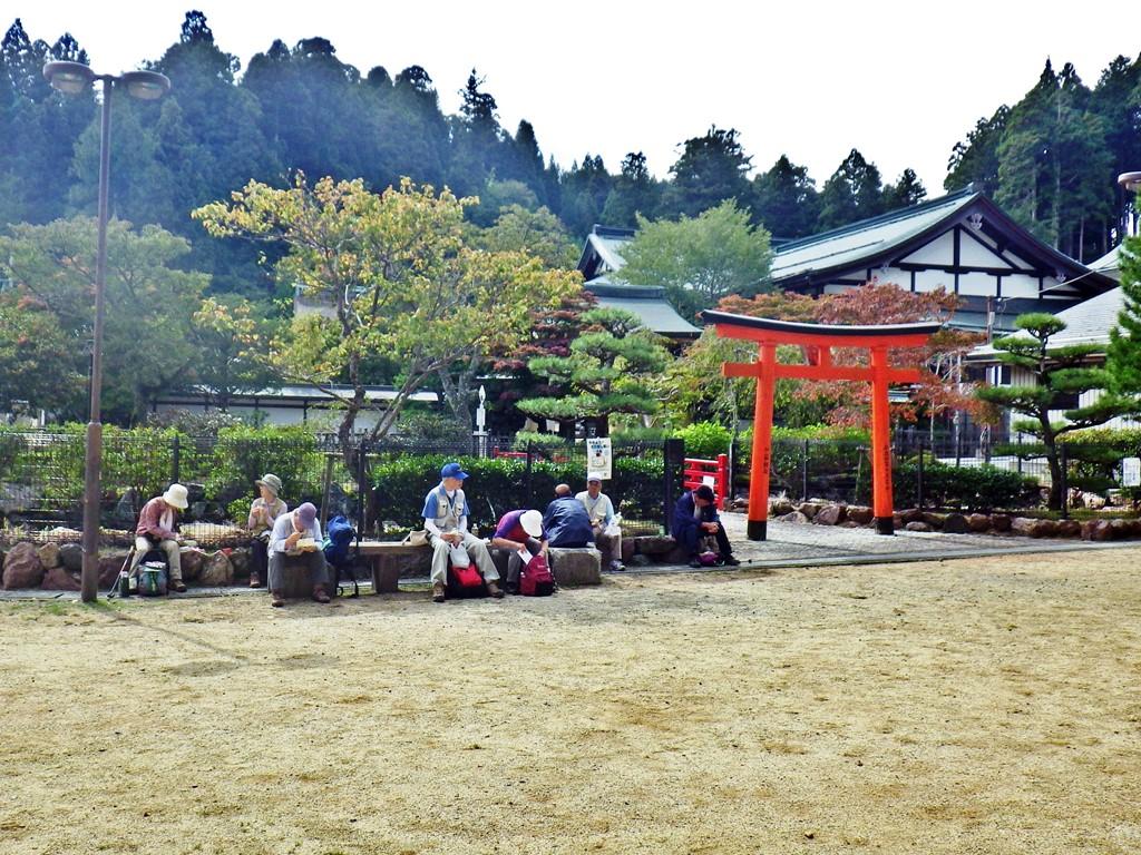 06a 弁天公園で昼食